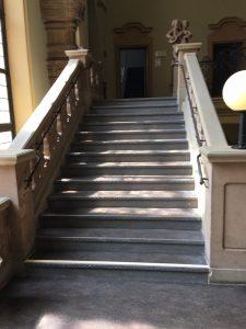 Treppe mit Linoleum