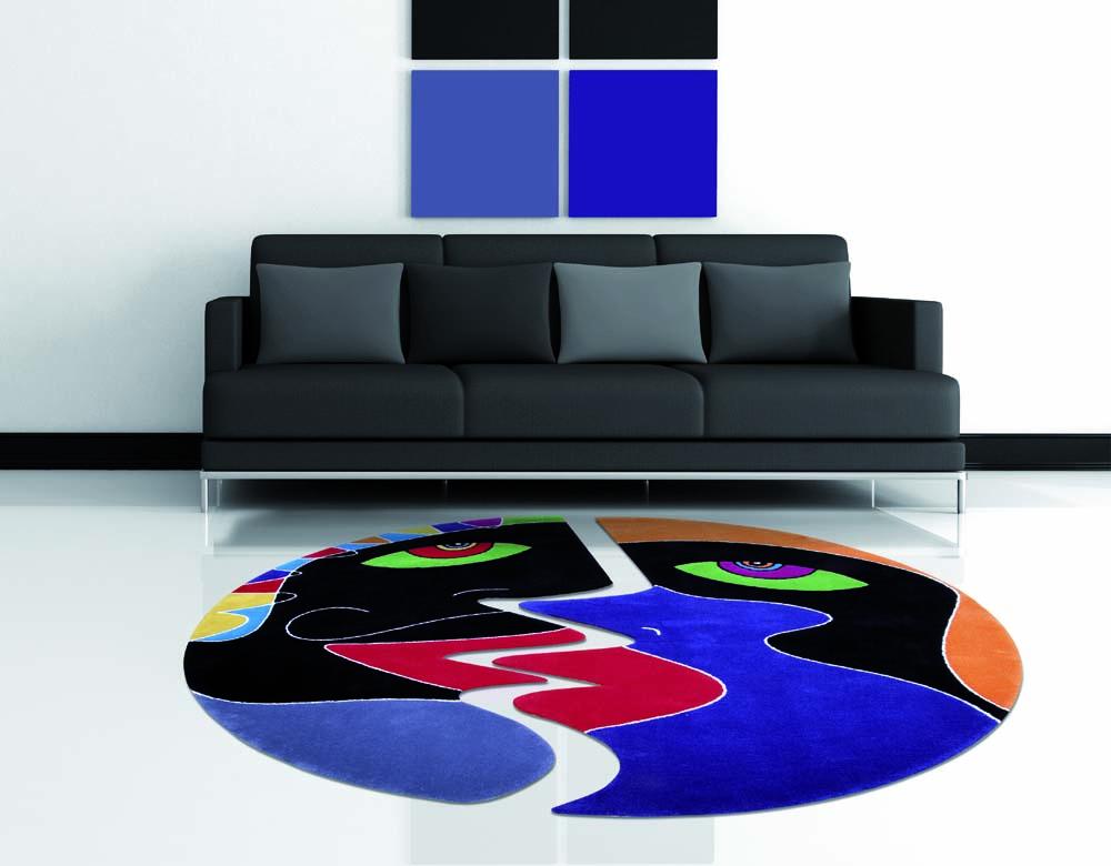 Sofa mit teppich von Sibylle Welz