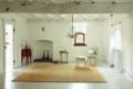 Jab Teppich beige in Zimmer mit Möbel