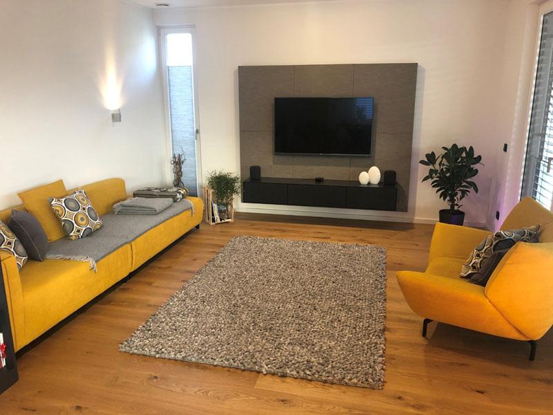 Designer Teppich von Haro im stylischen Wohnraum